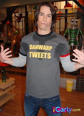 File:@DanWarp Tweets.jpg