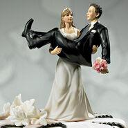 Comical-wedding-cake-topper