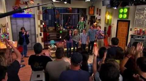 ICarly Retrospect Interview