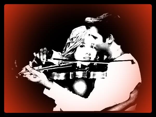 File:Seddie Guitar Hug.jpg