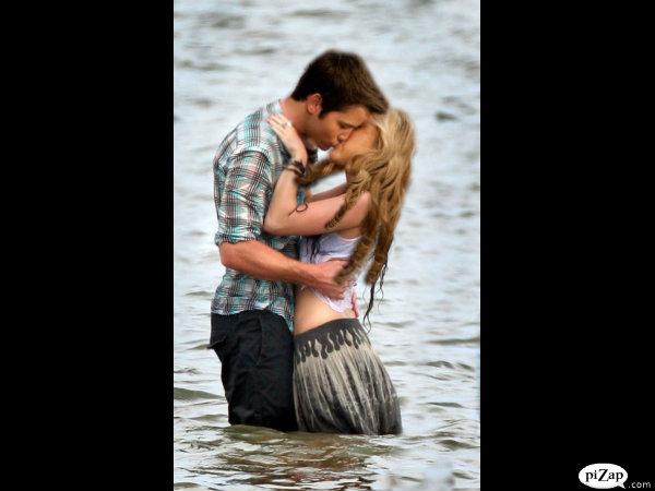 File:Cute Romance.jpg