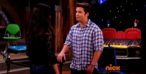 File:ICarly.S07E07.iGoodbye.480p.HDTV.x264 -Finale Episode-.mp4 002349136-022.jpg