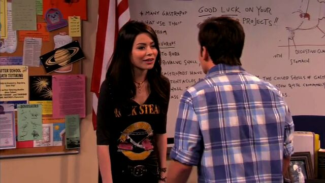 File:ICarly.S04E10.iOMG-HD.480p.Web-DL.x264-mSD.mkv 000799197.jpg