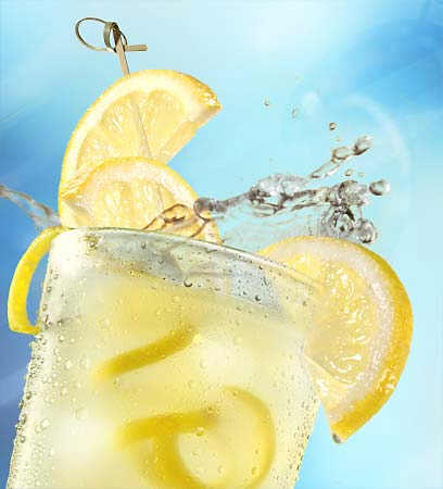 File:Glass-of-lemonade.jpg