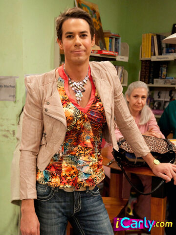 File:Spencer dressed as Pam.jpg