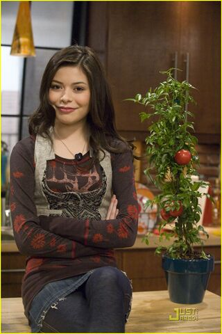 File:Icarly-go-green-03.jpg