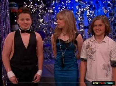 File:Normal iCarly S03E04 iCarly Awards 259.jpg