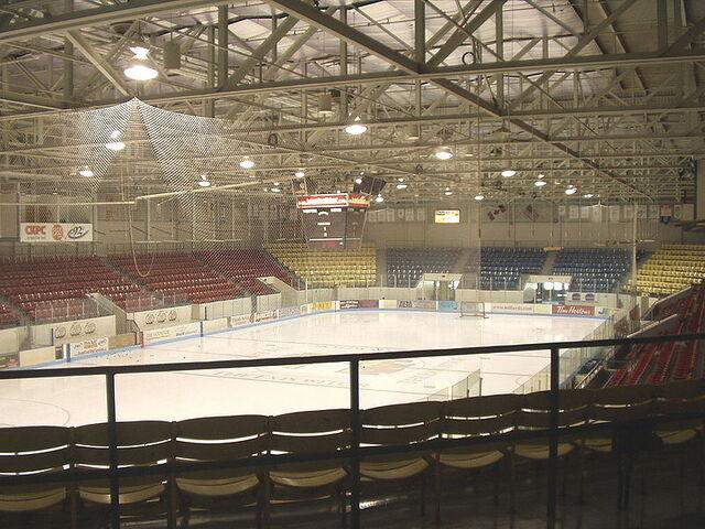 File:Brantford Civic Centre interior.jpg