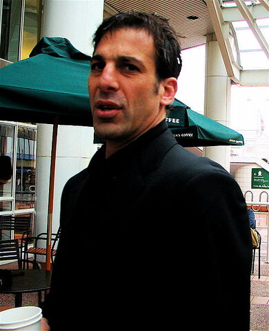 File:Chelios March 2007 01.jpg