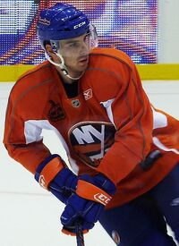 JohnTavares cropped