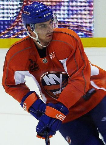 File:JohnTavares cropped.JPG