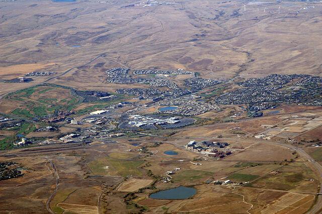 File:Superior, Colorado.jpg