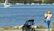 File:Warners Bay, New South Wales.jpg