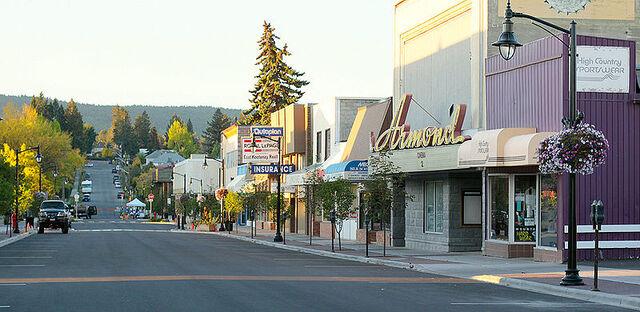 File:Cranbrook, British Columbia.jpg