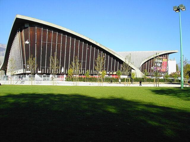File:Palais des sports -1- Grenoble.JPG