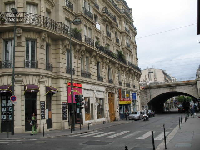 File:Asnières-sur-Seine.jpg
