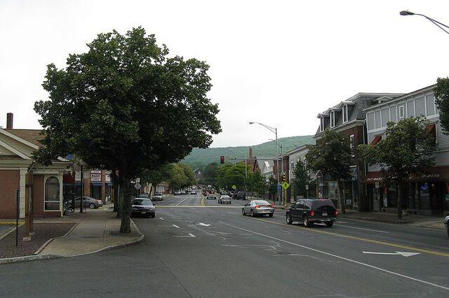 File:Ware, Massachusetts.jpg