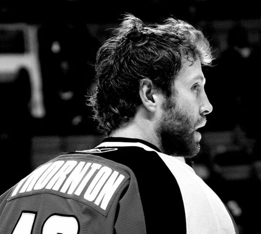 File:Joe Thornton - San Jose Sharks - Warmup vs Nashville.JPG