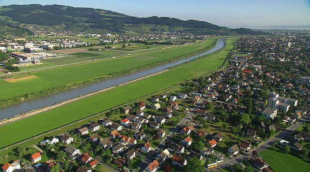 File:Lustenau.jpg