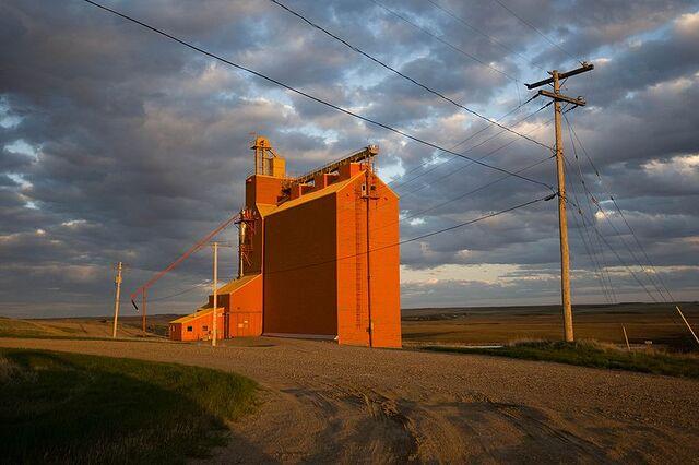 File:Admiral, Saskatchewan.jpg