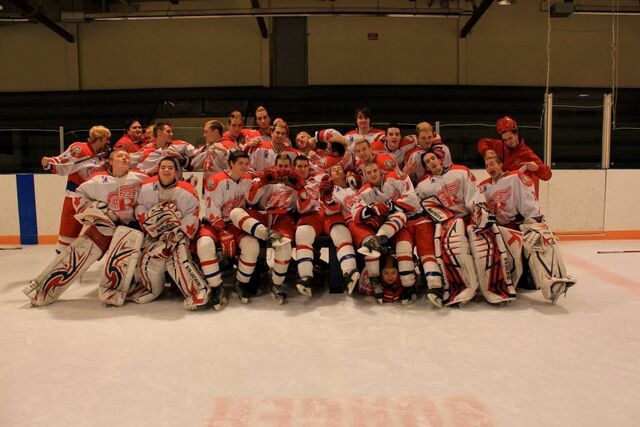 File:2011-12 Shelburne Red Wings.jpg