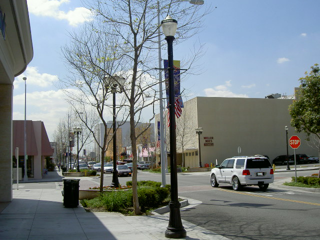 File:Downey, California.jpg