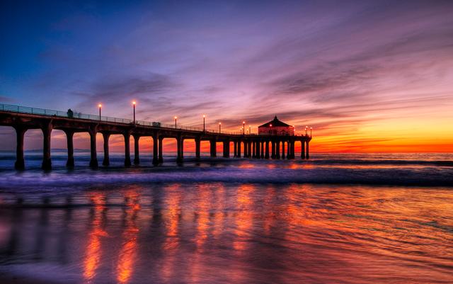 File:Manhattan Beach, California.png