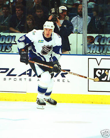 File:MikeModano99AS.jpg