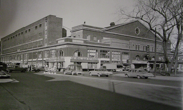 File:Montreal Forum, 1950s.png