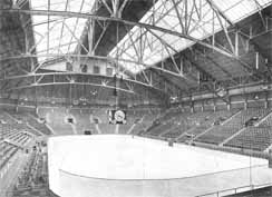 File:Arena Inside.jpg