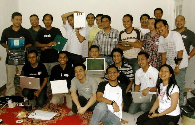 Berkas:Gathering13.jpg