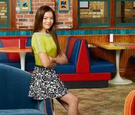 Jasmine sitting season 1