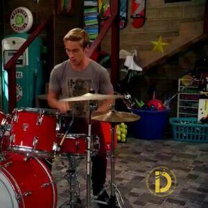 Logan Drums