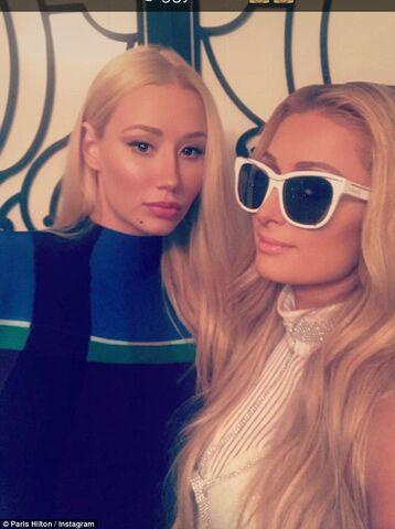 File:Paris Hilton and Iggy Azalea.jpg