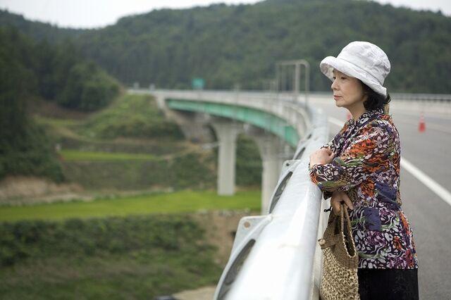 File:Yun Jung-hee in Poetry 3.jpg