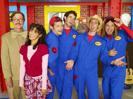 Imagination-movers-and-neighbors-20091105
