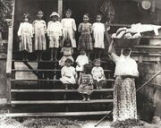 Portuguese immigrant family in Hawaii during the 19th century