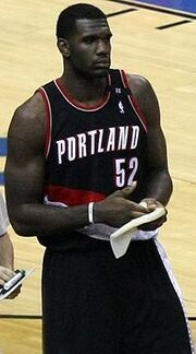 200px-Greg Oden-1-