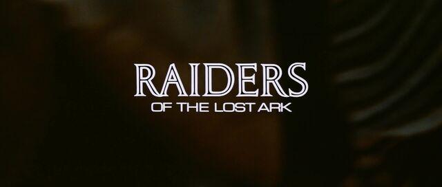 Archivo:Titlecard-raiders.jpg