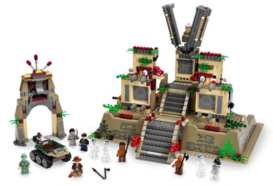 File:Crystal Skull LEGO.jpg