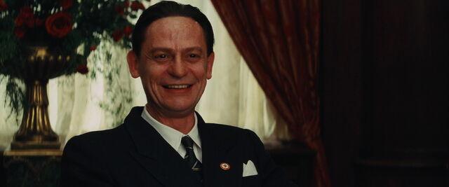 File:Joseph Goebbels grins.jpg