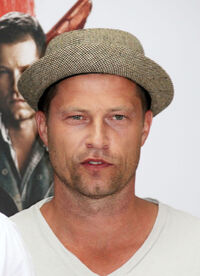 Til Schweiger at the Berlin premiere