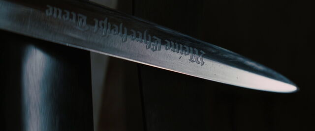 File:Stiglitz's knife blade writing.jpg