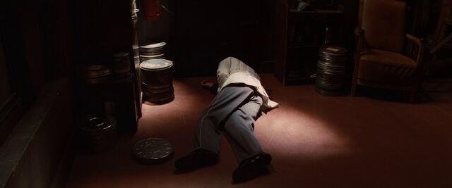 File:Zoller on the floor shot.jpg