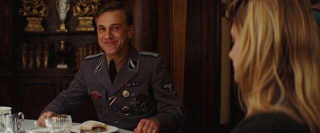 File:Hans Landa with his strudel.jpg