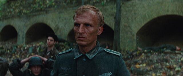 File:Ludwig watches Werner.jpg