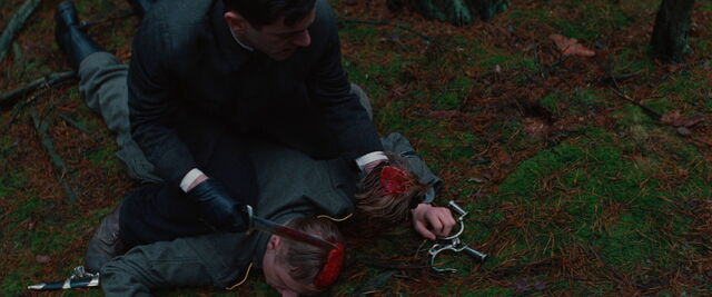 File:Utivich just scalped Hermann.jpg