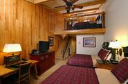 Roese Grove Hunting lodge suite