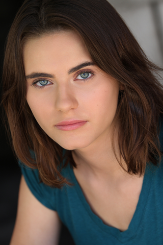 File:Ally Ioannides.png