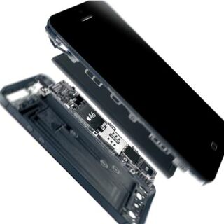 An exploded view of an iPhone 5.